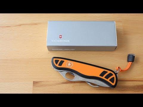 Victorinox Hunter XS Grip | Ref. 0.8331.MC9