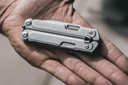 Leatherman Free P2 with Nylon Pouch